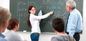Teacher-and-students-in-a-math-class-770x370
